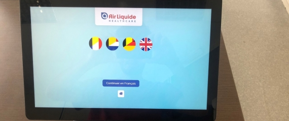 Une borne d'accueil numérique pour le site de Schelle d'Air Liquide