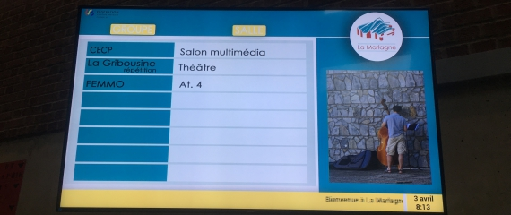 Installation d'un écran dans le but d'améliorer la communication des visiteurs du centre culturel