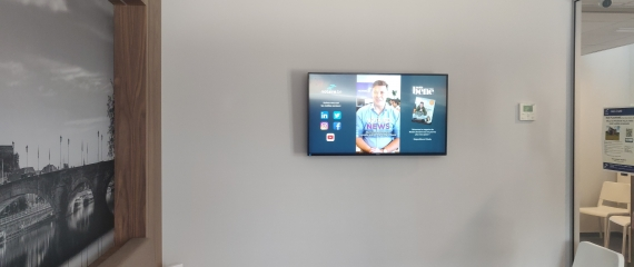 Nouvel écran dans la salle d'attente de notaires namurois