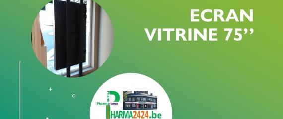 Ecran vitrine de 75'' dans une pharmacie à Charleroi