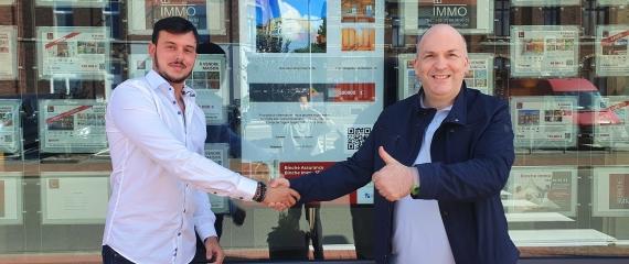 Un nouvel écran vitrine dans une agence immobilière dans le Hainaut!