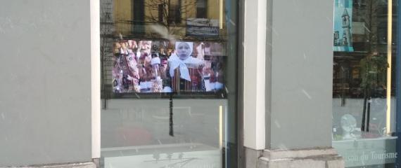 Ecran d'affichage en vitrine pour Offices et Maisons du Tourisme - même par temps de neige