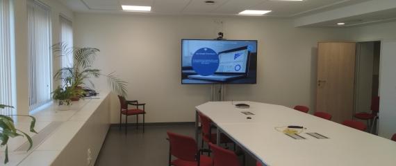 Aménagement d'une salle de réunion pour Visioconférence