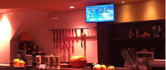Ecran d'afichage dans les boucheries avec système de gestion de file d'attente
