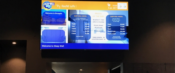 Placements des premiers écrans d'affichage à L'Hôtel Sleep Well à Bruxelles