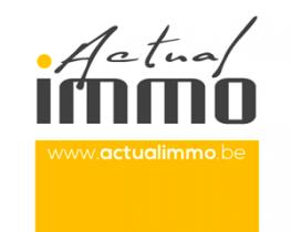 Un écran vitrine pour présenter les biens immobiliers chez Actualimmo à La Louvière - Expansion TV affichage dynamique digital signage - Références